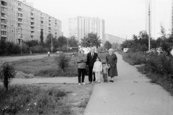 Вид на улицу 800-летия Москвы от д.18 в сторону Дубнинской улицы 1993г.jpg