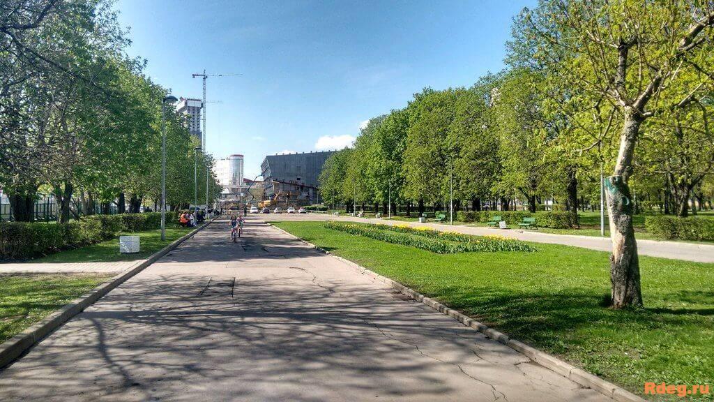 Парк имени Святослава Фёдорова-18.jpeg