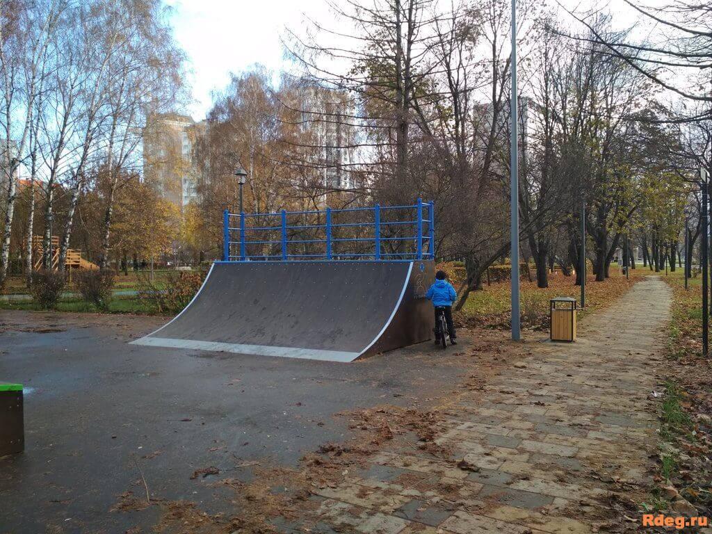 Парк имени Святослава Фёдорова-15.jpeg